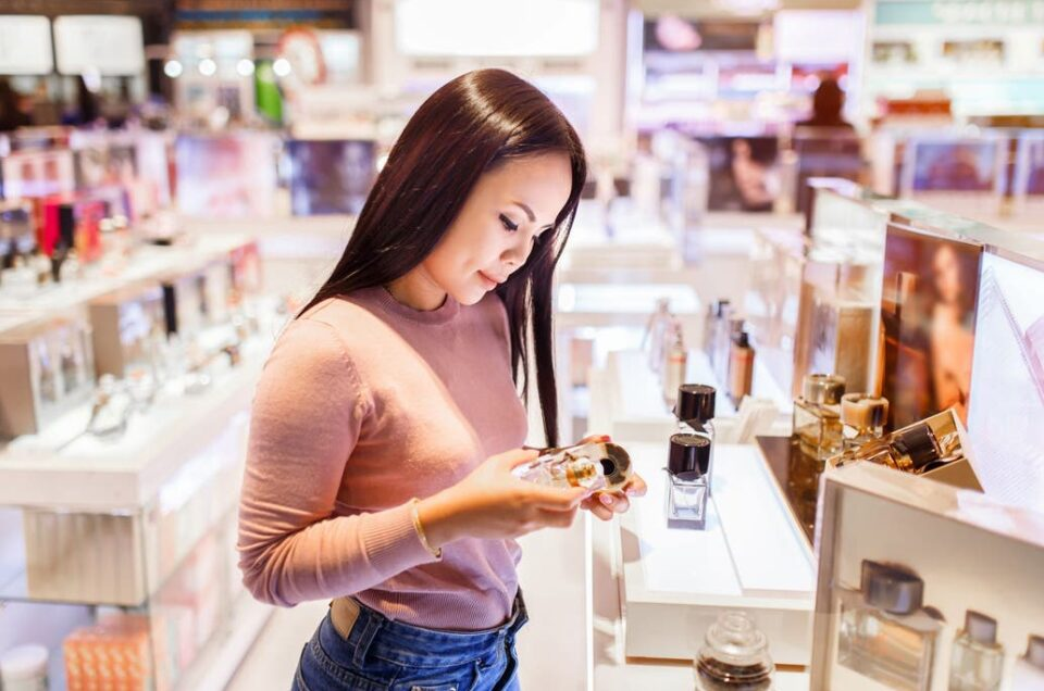 Free Shops: Maquillaje, perfumes y ropa, cómo será el estricto protocolo?